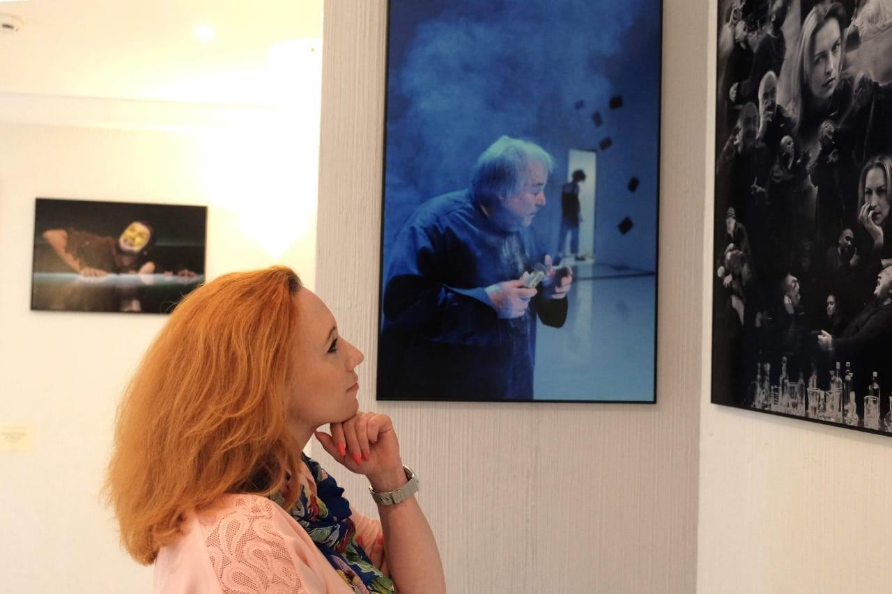 Фотовыставка «Буря» Шекспира – от репетиций к спектаклю»